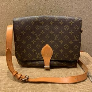 AUTHENTIC VINTAGE LOUIS VUITTON CARTOUCHIERE GM